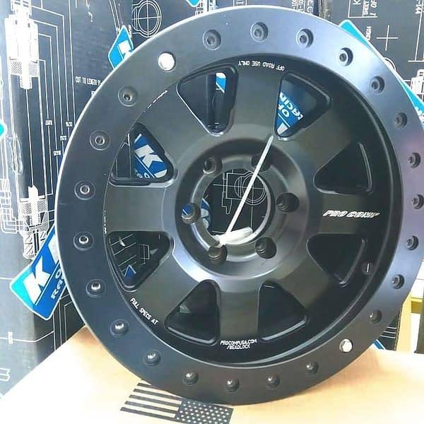 Pro Comp Vapor Pro 2 Competition Beadlock Wheel 17x9 with 6x5.5 Bolt Pattern - Satin Black